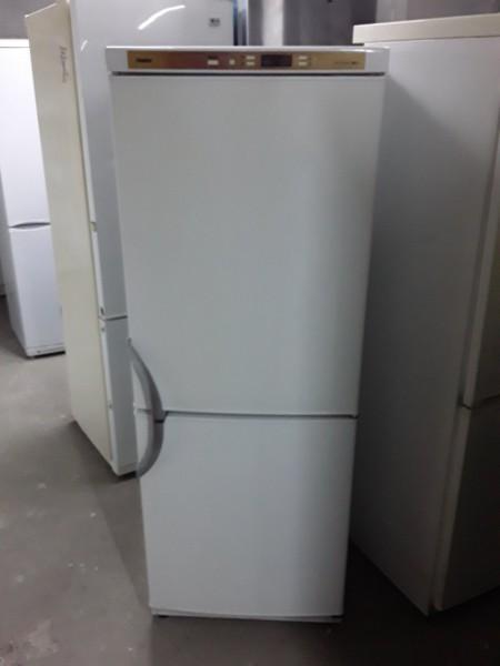 Холодильник Хаер 165см