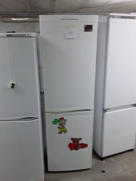 Холодильник Candy 180 см