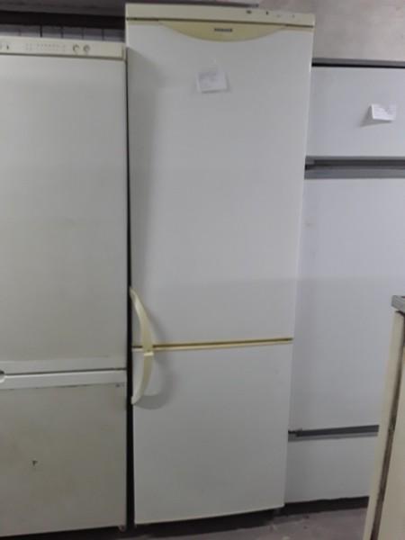 Холодильник Snaige 200 см (белый)