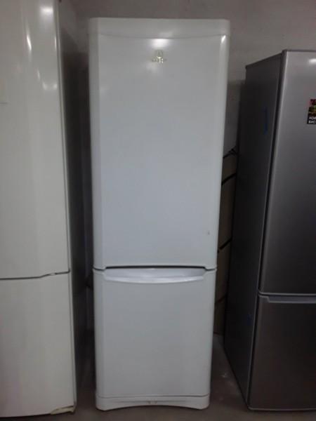 Холодильник Indesit 185 см