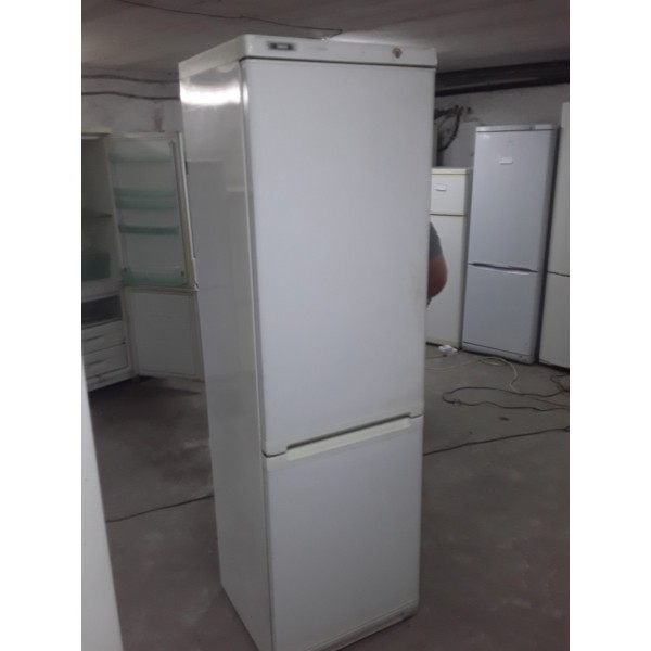 Холодильник Zanussi 200 См