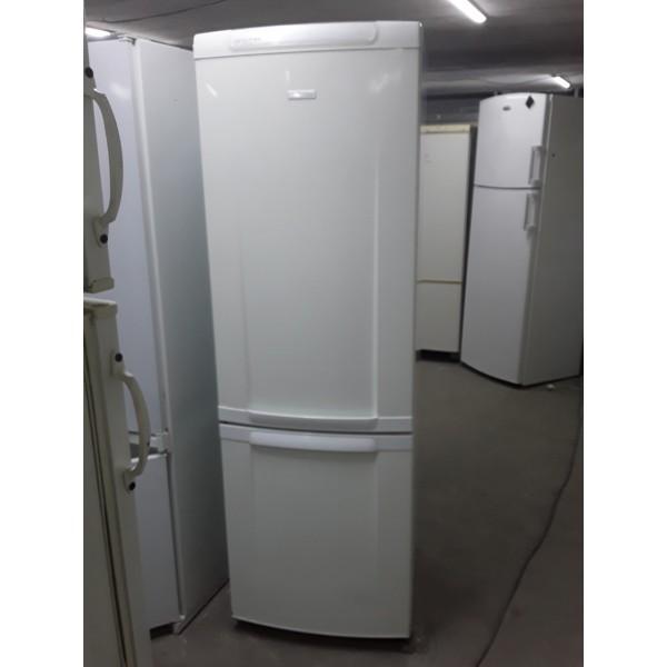 Холодильник Electrolux 180 см  (1)