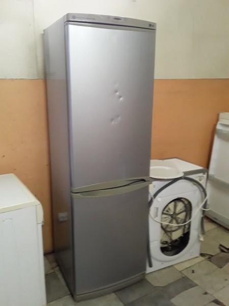 Холодильник LG 190 см Металли�...
