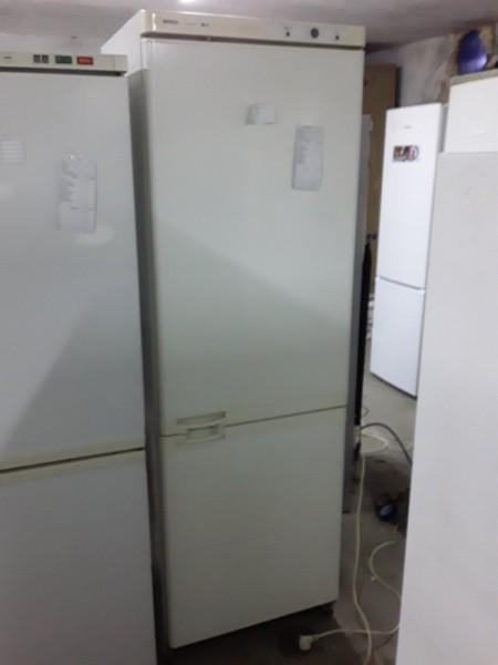Холодильник Bosch 185 см