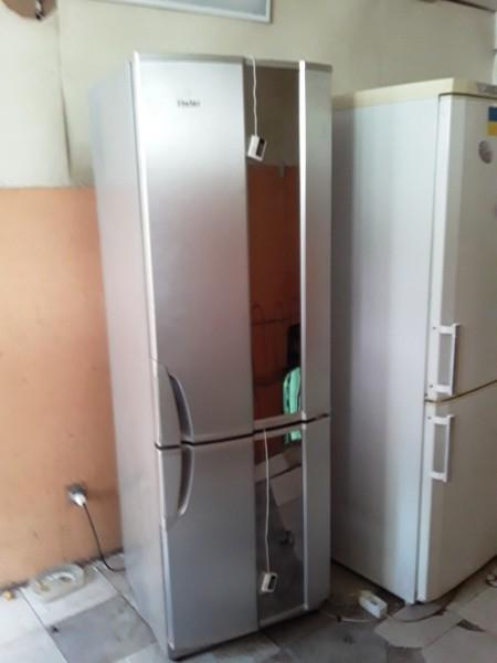 Двухкамерный холодильник Ha...