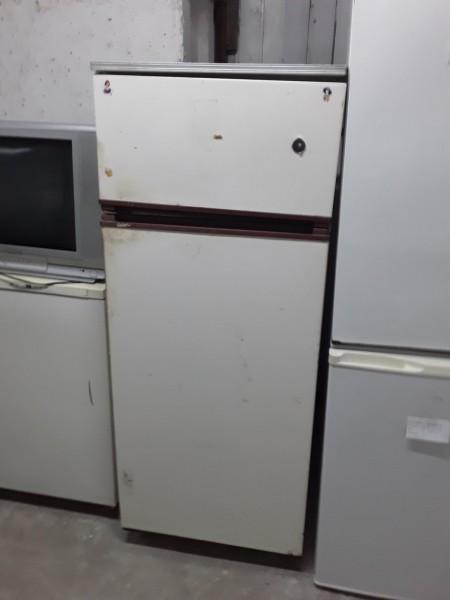 Холодильник двухкамерный Д...
