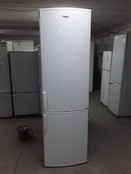 Двухкамерный Холодильник Wh...