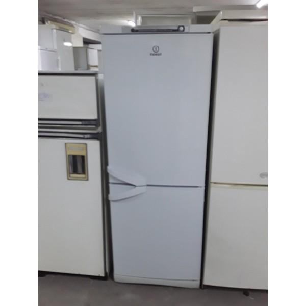 Холодильник Indesit 160 см (1)