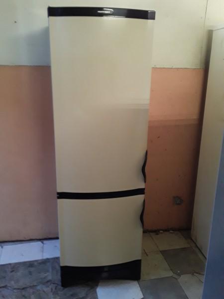 Холодильник Vestfrost 200 см