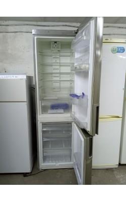 Холодильник Whirlpool 200 см Металлик
