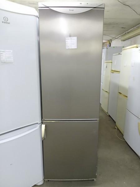 Холодильник Snaige 200 см