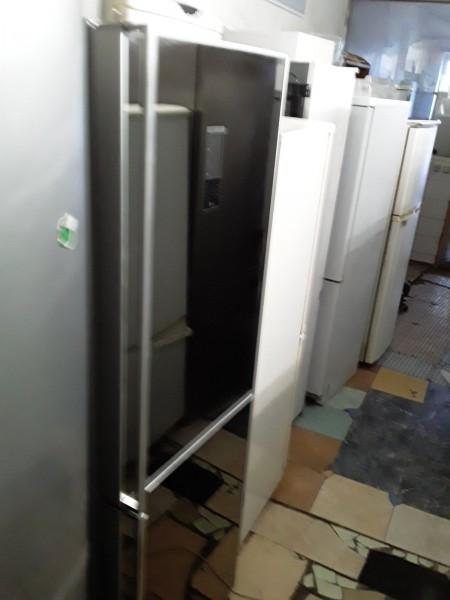 Холодильник LG 175 см