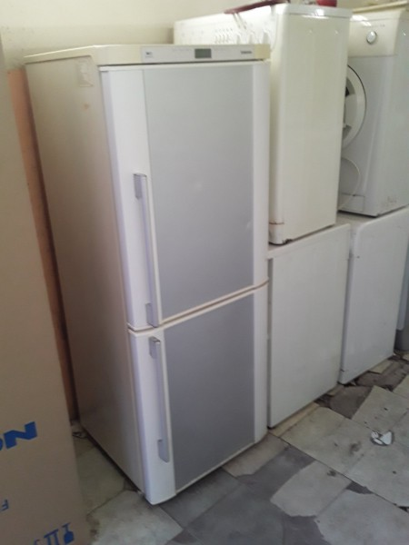 Холодильник Samsung 170 см