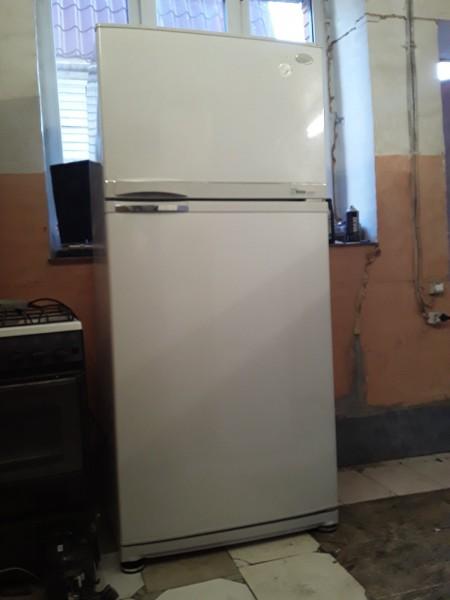 Холодильник Samsung 170 см No Frost (1)