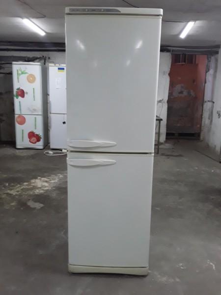 Холодильник Stinol 200 см