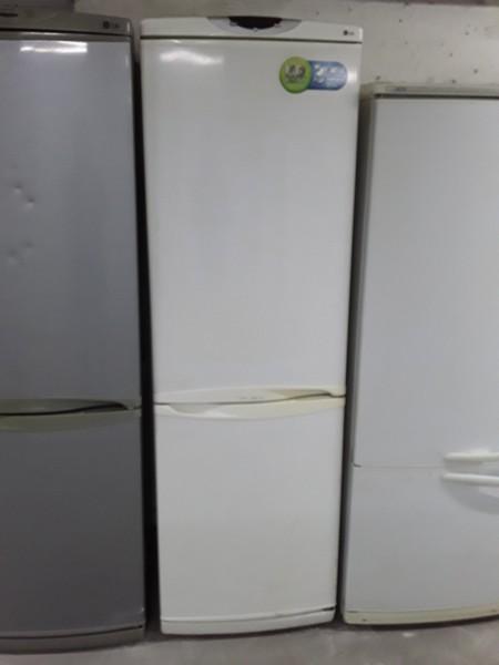 Холодильник LG 190 см No Frost