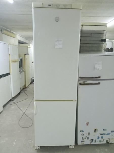 Холодильник Electrolux 200 cм