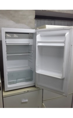 Холодильник  Saturn 85 см
