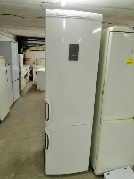 Холодильник Electrolux 200 cм (1)