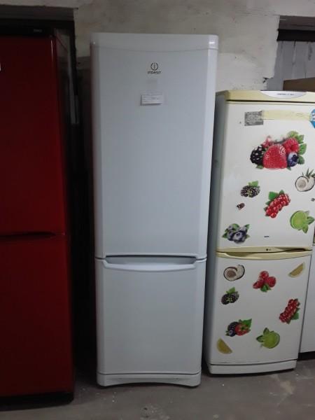 Холодильник Indesit No Frost 185 см