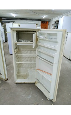 Холодильник Calex 140 см