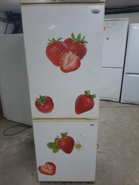 Двухкамерный  холодильник �...