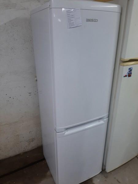 Двухкамерный холодильник Beko (173 см)