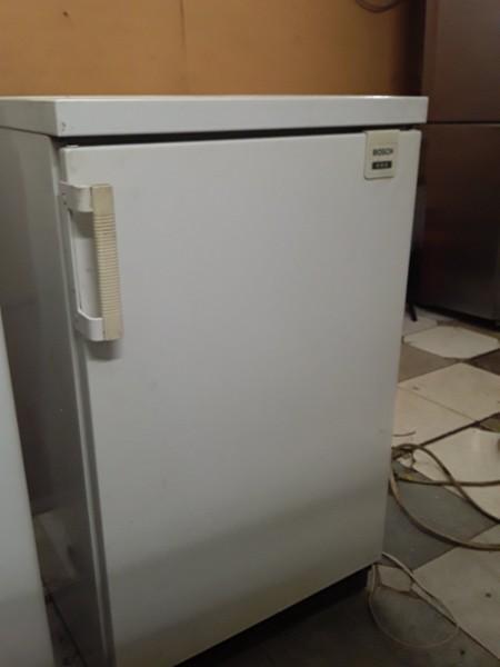 Однокамерный  холодильник Bosсh 85см
