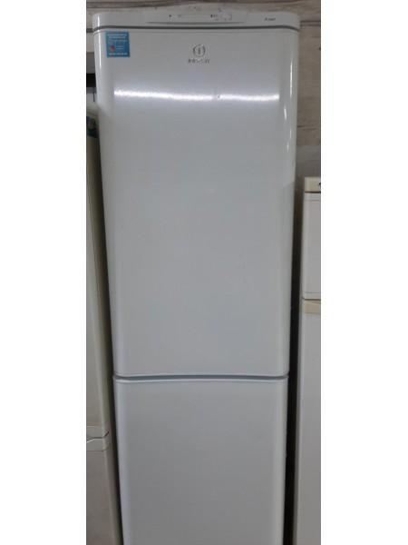 Холодильник Indesit (200см)