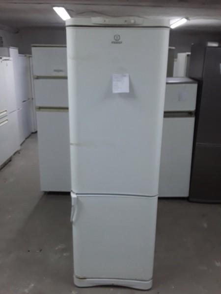 Двухкамерный холодильник Индезит