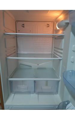 Двухкамерный холодильник Indesit (167 см)