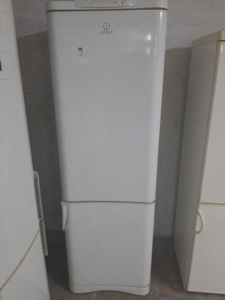 Двухкамерный холодильник In...