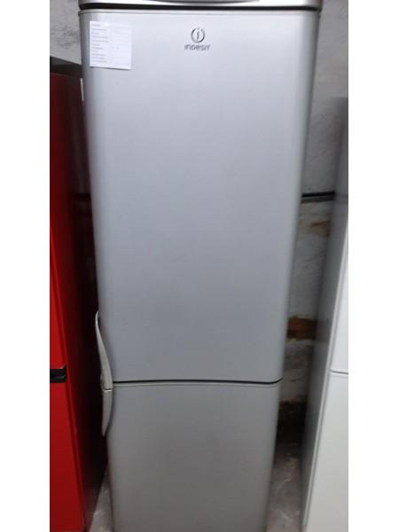 Двухкамерный холодильник Indesit (185 см)