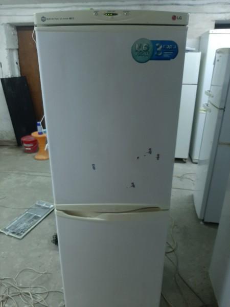 Двухкамерный холодильник LG 172 см