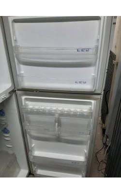Двухкамерный холодильник Samsung (167 см)