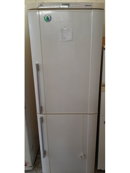 Двухкамерный холодильник  Samsung (178)