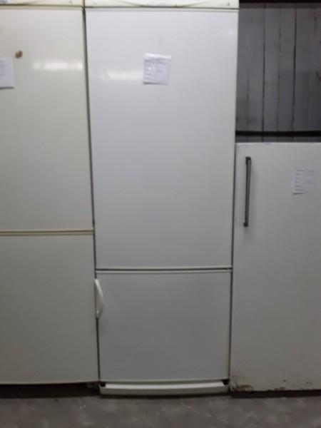 Холодильник Stinol 170 см