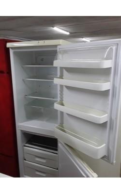 Холодильник Snaige 175 см