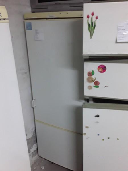 Двухкамерный холодильник Snaige (175 см)