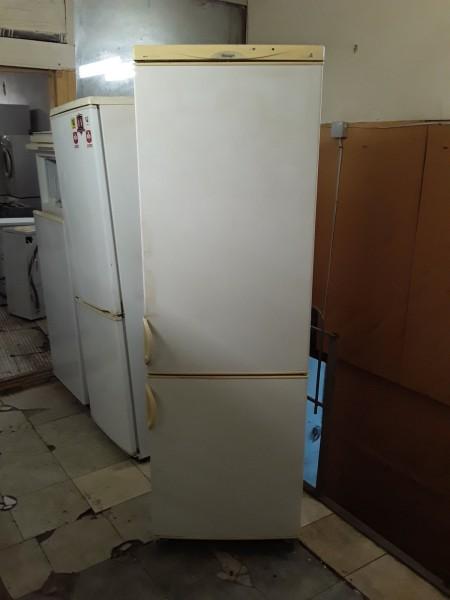 Двухкамерный холодильник Снайге 175см