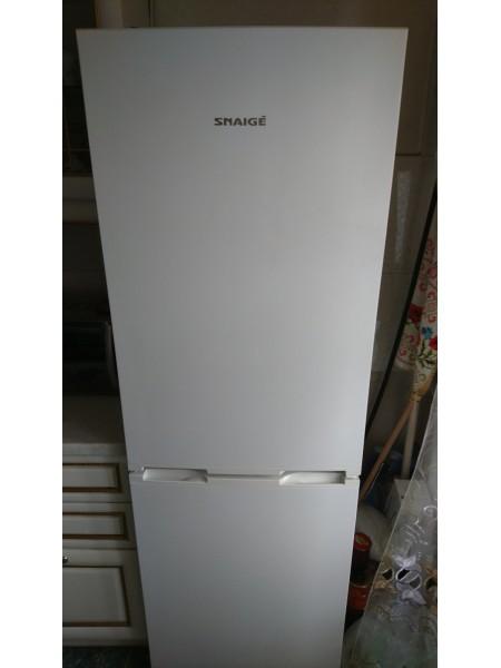 Двухкамерный холодильник Snaige (170 см, А+)