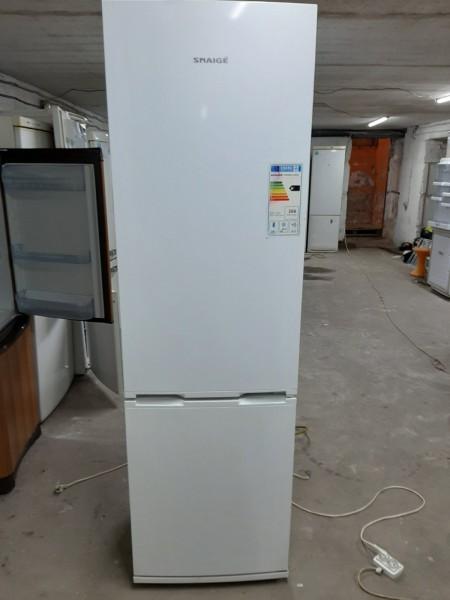 Двухкамерный холодильник Snaige (200 см)