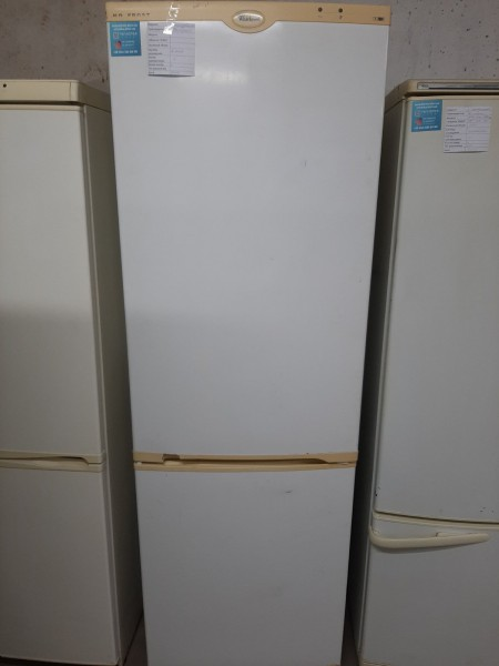 Двухкамерный холодильник Whirlpool 187см