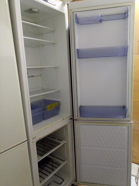 Холодильник GRAM 2м