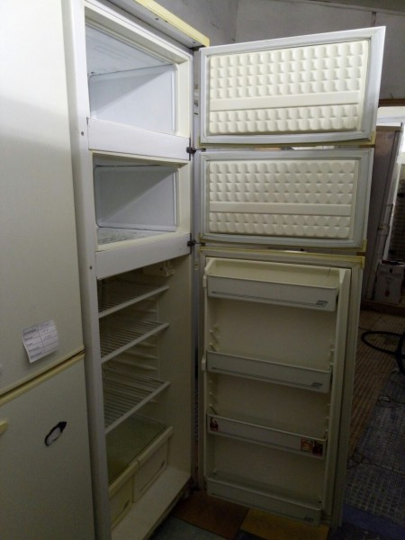 Холодильник Nord трехкамерный 180 см