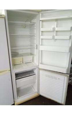 Холодильник Stinol 185 см