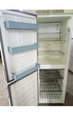 Холодильник Electrolux 165 см