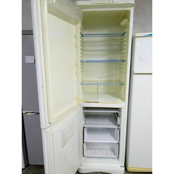 Холодильник Indesit 2м