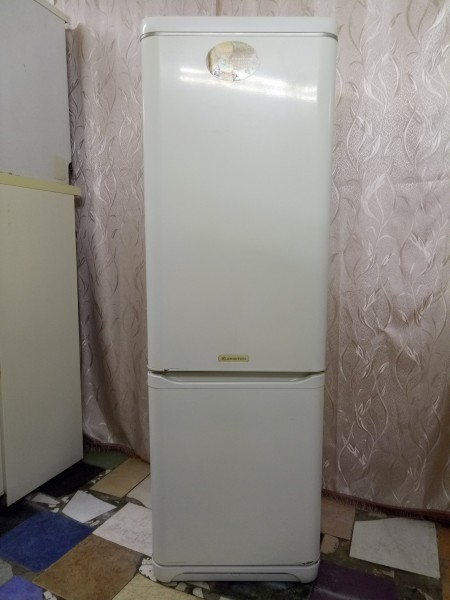 Холодильник Ariston (2 компрессора) А Класс